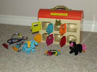 Critter Clinic - Toy Vet Play Set