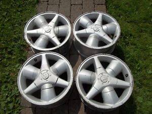 16 inch Nissan Rims with centers