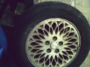 4 pneu Michelin ete  225-60-16 avec mag caravan
