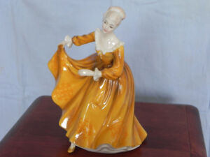 Royal Doulton Figurine - KIRSTY - H.N. 2381