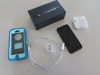 *PRICE REDUCED!* iPhone 5, 16 GB (MTS) w/ Otterbox
