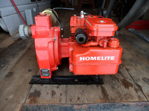 From Estate - Like New Homelite Brigs & Straton Gas Water Pump