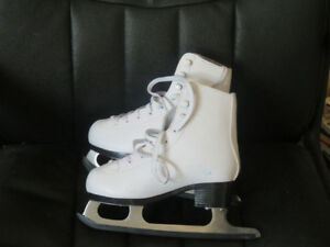 Figure Skates - Youth Size 13