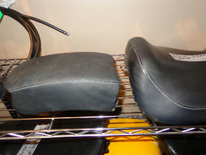 Sportster 2 pc. seat set off 1993    recycledgear.ca