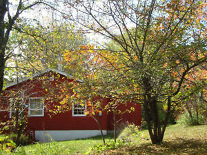 COTTAGE for sale- Cambrindge Narrows