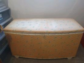 Lloyd Loom style Ottoman Blanklet Box Chest