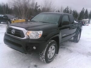 2014 Toyota Tacoma TRD Off Road Pickup Truck