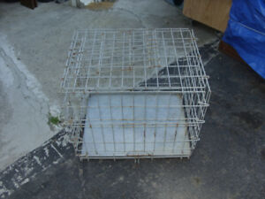 Smalll dog crate
