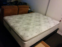 SUPER COMFY KINGSDOWN QUEEN SIZE MATTRESS + BED BASE W/ DRAWERS