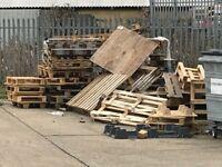 Wood burner etc wooden broken / Odd Size Pallets