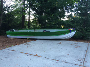 12ft tinny 15hp electric battery tanks and all