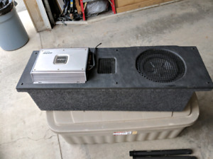 "Clarion 420W APX 1301 car amp and 10"" Clarion sub in custom box"