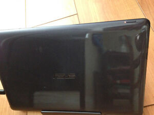 Asus- laptop / tablet in one- touch screen London Ontario image 5