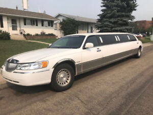 2001 and 99 Lincoln town car stretch limousines for sale