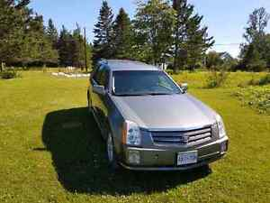 2005 Cadillac SRX AWD loaded 6cyl