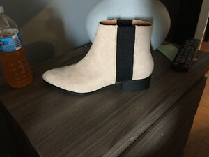 Brand new never worn! H & M Chelsea Boots!