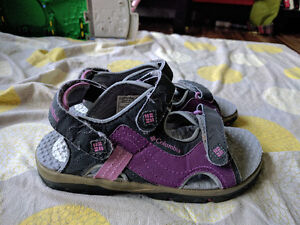 Girls Size 3 Youth Columbia Sandals