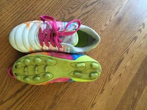 Size 1 soccer shoes