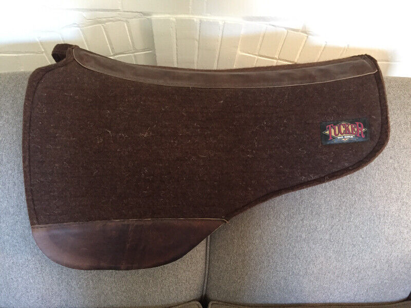 Like new Tucker saddle pad
