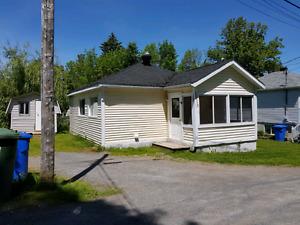 Petite maison à louer au lac brome