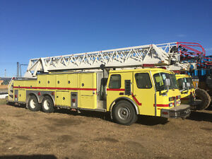 Fire truck ladder truck
