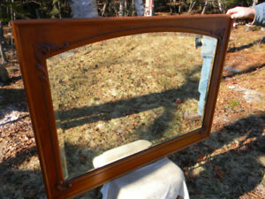 ANTIQUE DECORATIVE ORNATE LARGE WOODEN FRAME MIRROR