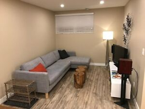 Kenilworth - Newly Renovated Basement Suite - Utilities Included
