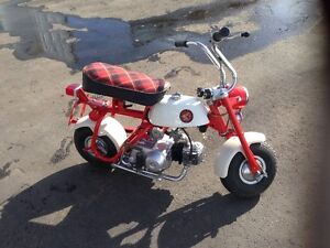 Honda Z50M (Monkey Bike)