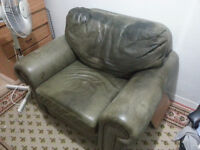 Sofa and Leg rest (can deliver )