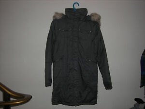 Winter Parka 3/4 Length Grey..... Beautiful! Belleville Belleville Area image 2