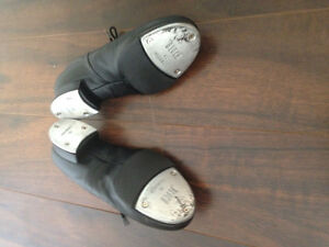 Tap shoes size 6 London Ontario image 2