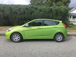 REDUCED***2013 Hyundai Accent Hatch**LOw Ks**Auto Start
