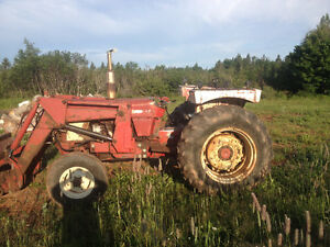 574 INT Tractor
