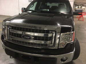 Ford F-150 Supercrew 4X4 Trailer Package  5.0 litre gas engine