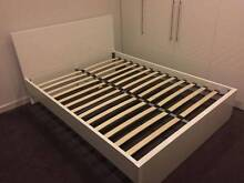 Gross white queen size bed for sale free delivery Beverly Hills Hurstville Area Preview