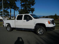2010 GMC Sierra 2500HD Duramax Diesel Fully Loaded
