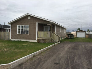 **SALE PENDING** BY ROYAL LEPAGE - 20 Pottle Street