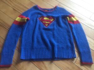 Superman boys sweater size 6