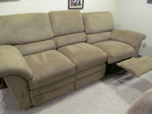Reclining La-Z-Boy Sofa Set
