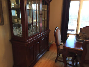 Dining room table, chairs, hutch and buffet