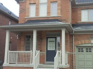 Beautiful bedroom for immediate rent. Whitby Ontario