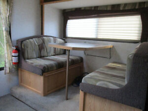 2003 Bigfoot camper/2005 Ford F350 package Strathcona County Edmonton Area image 6
