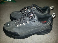 AWESOME SIZE 11 CSA!!! STEEL TOE WORK SHOES WITH AIR POCKETS!!!!