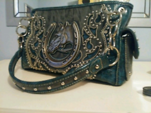 Purse and wallet all leather limited editio