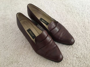 Good condition bally leather heels size 4.5 Chanel Gucci hermes