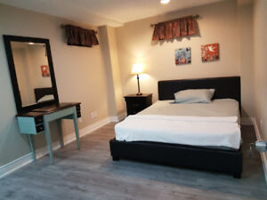 Room for rent to Students - Close to UTM and Sheridan College