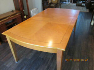 Gorgeous Maple Dining Table