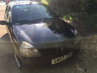 Renault Clio 1.2 5 doors 2003 in good condition 10 months MOT