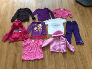 Lot of size 3T over 30items