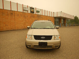 2005 Ford FreeStyle Limited Wagon - 7 Seats
